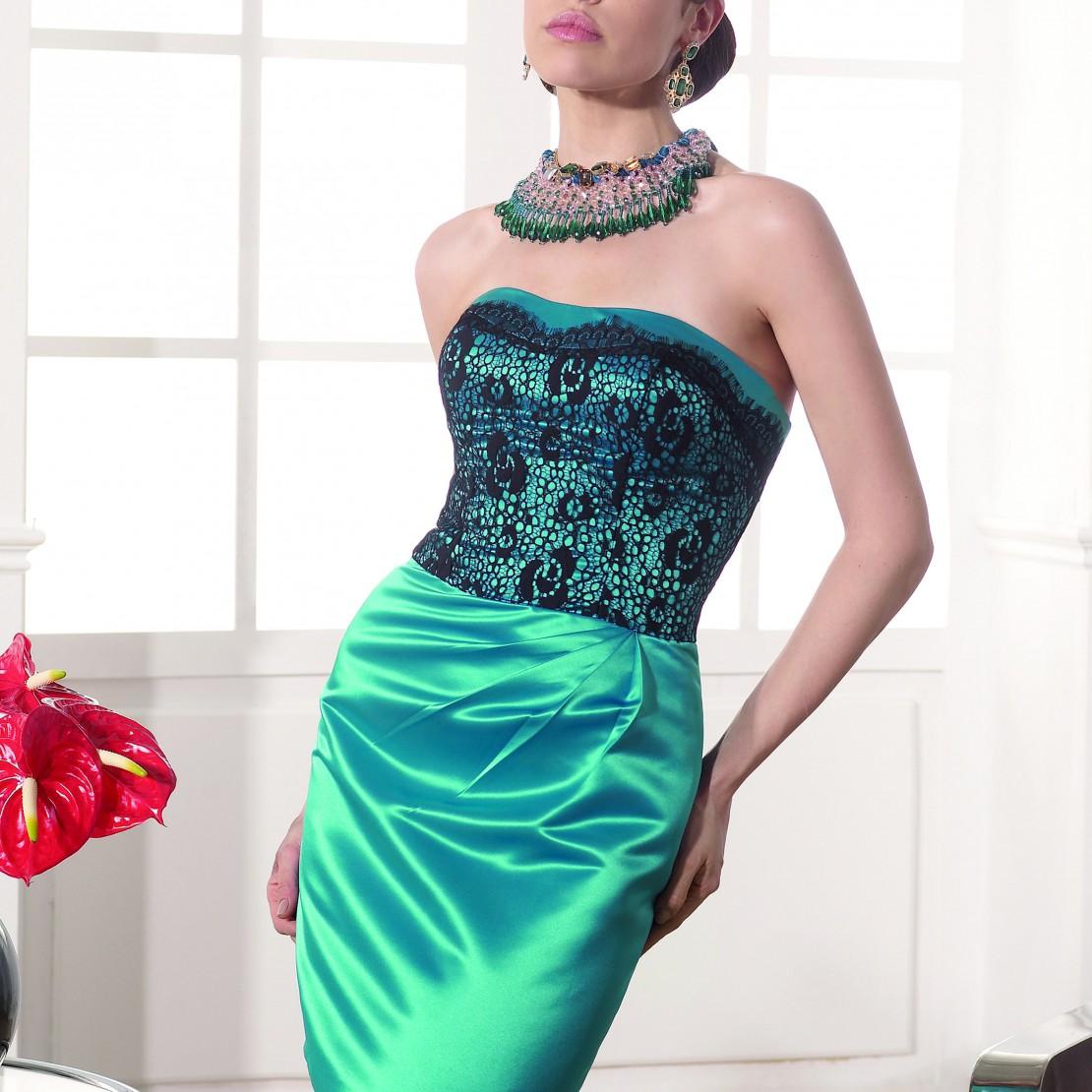 b258a628870 robe de soiree 03